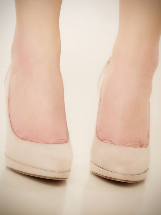 5 Signs You're Wearing Shoes Too Small