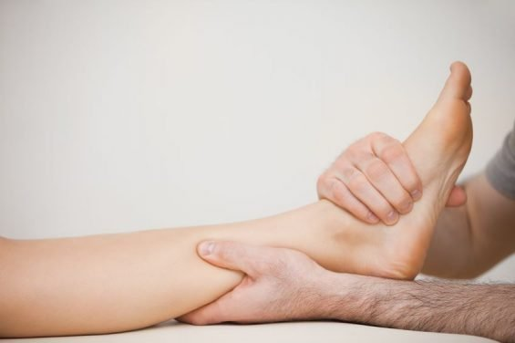 5 Simple Achilles Tendon Stretches